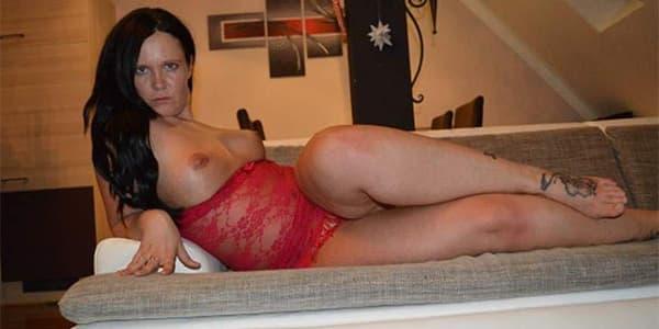 Geile Hausfrau zum Sex treffen